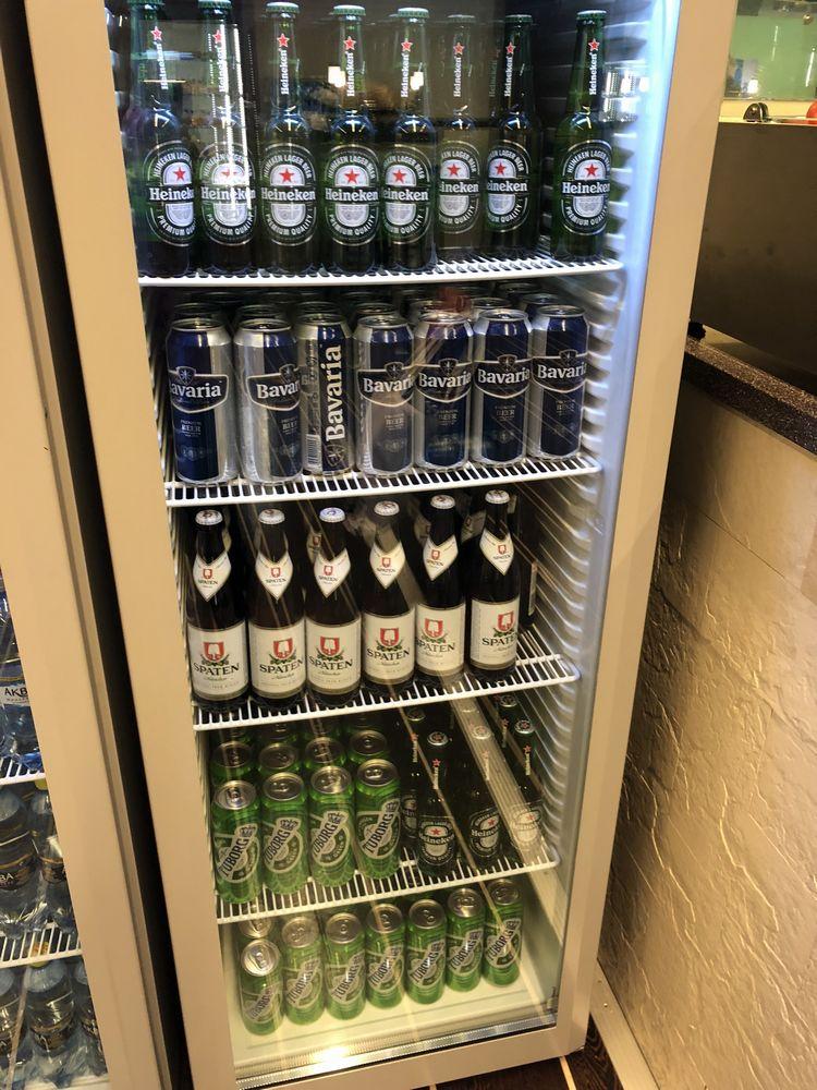 ドモジェドヴォ空港(DME)のエアポート・ビジネス・ラウンジのビール