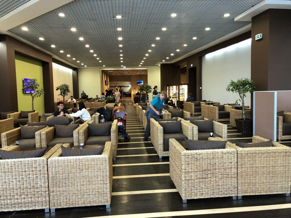 ドモジェドヴォ空港(DME)のエアポート・ビジネス・ラウンジの内観