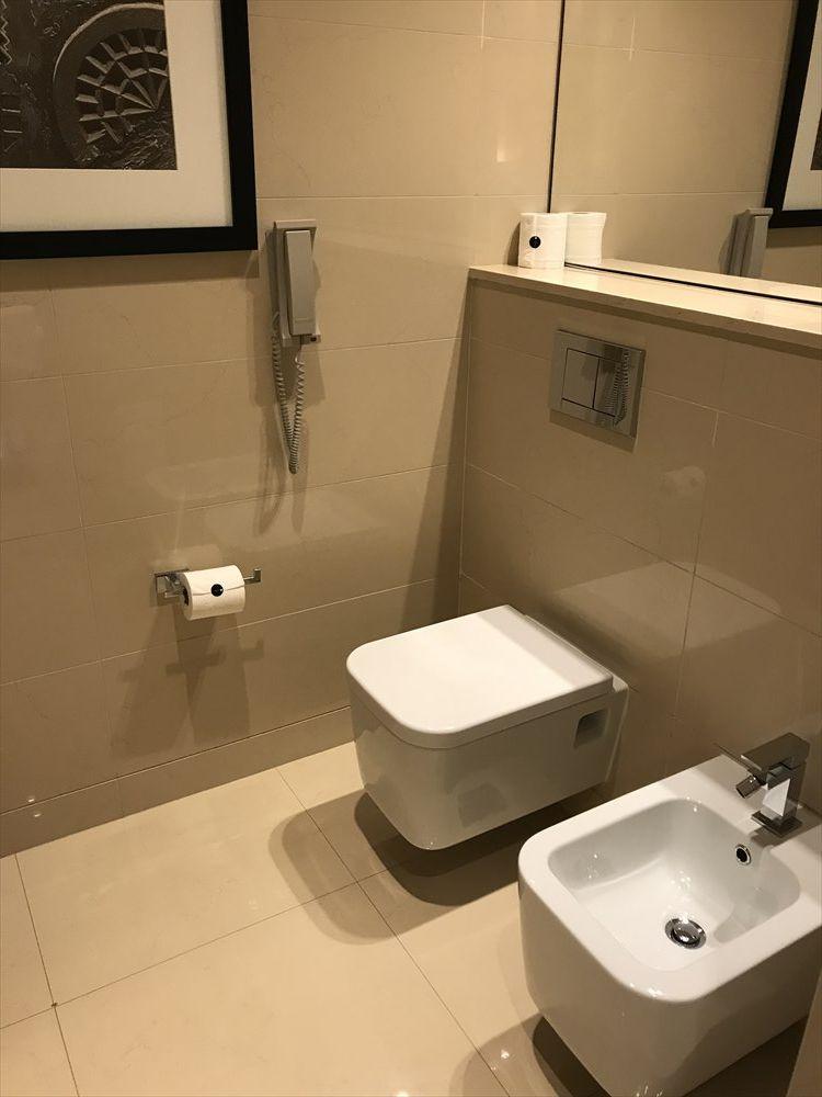 JWマリオット・マーキス・ホテル ドバイのトイレ