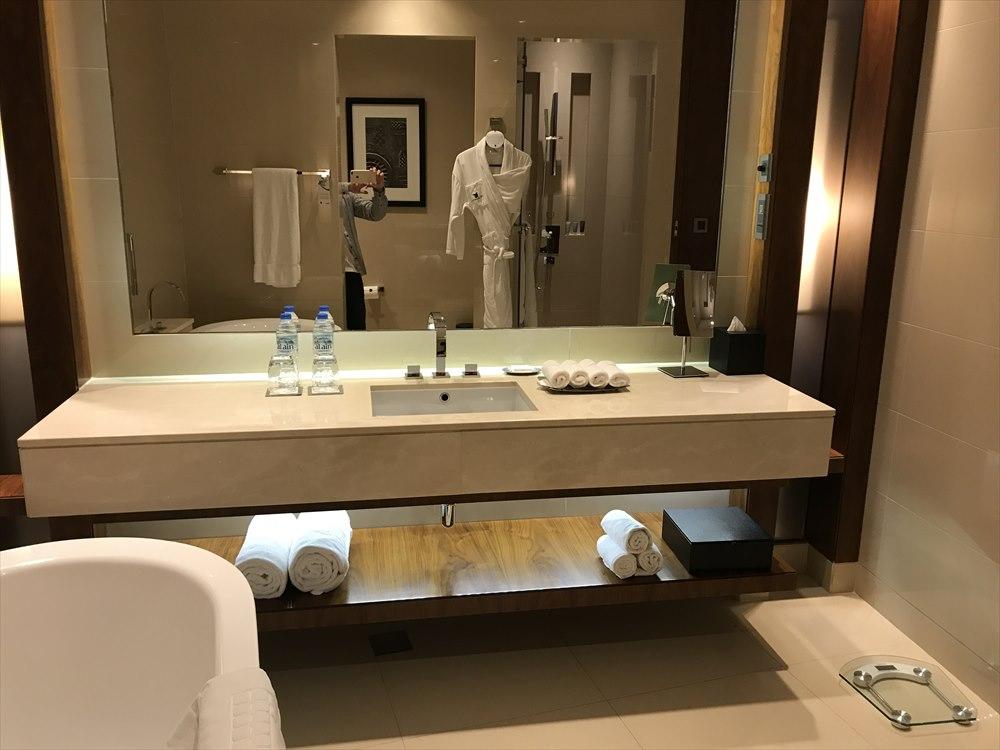 JWマリオット・マーキス・ホテル ドバイのバスルーム2