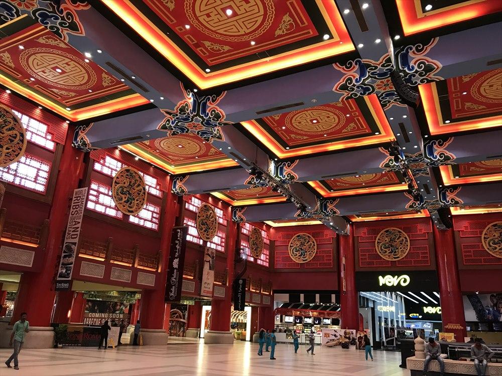 イブン・バトゥータ・モールの中国コートのホール1