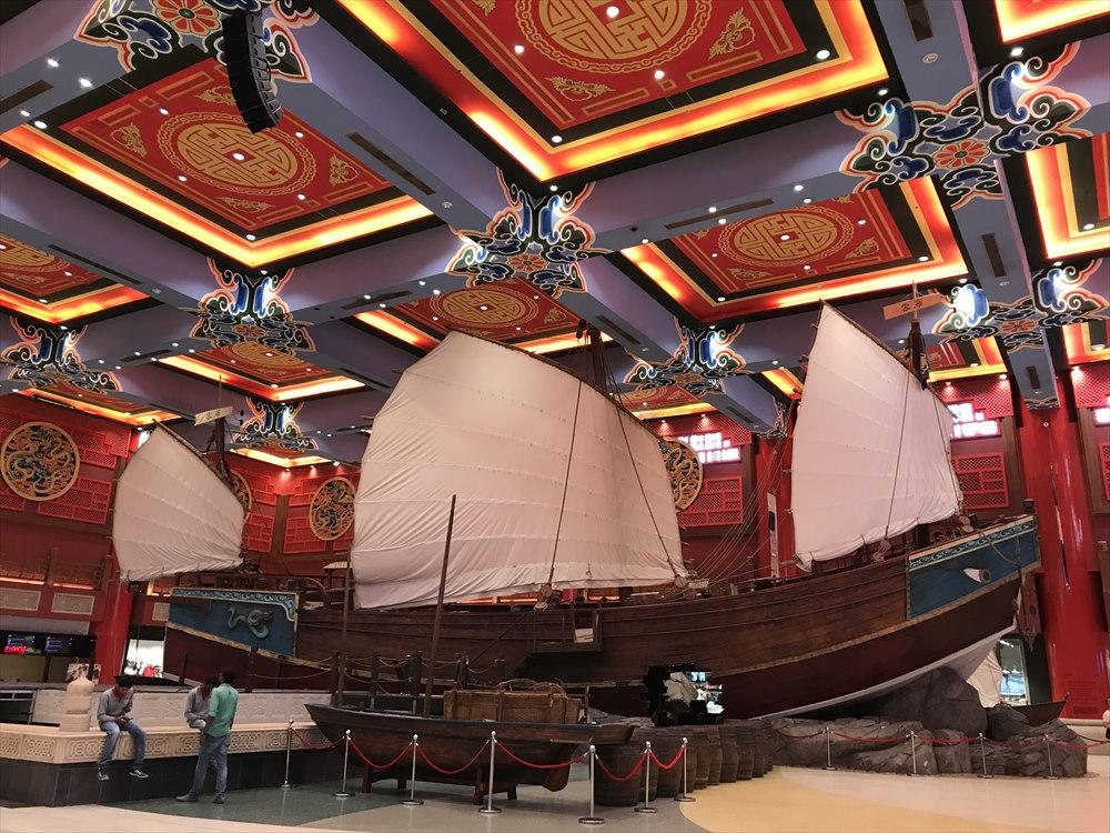 イブン・バトゥータ・モールの中国コートのホール2