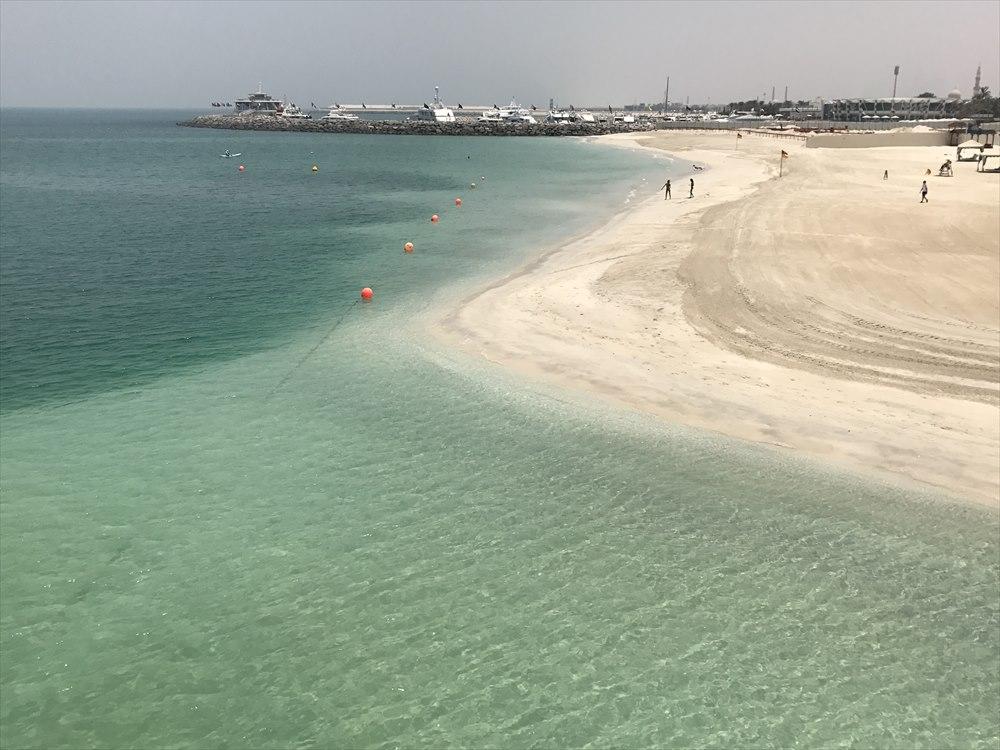 ジュメイラ・ビーチ・ホテルのプライベートビーチ2