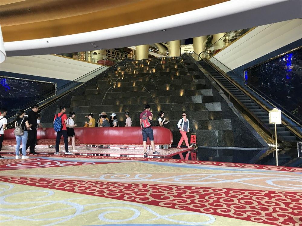 ブルジュ・アル・アラブの中国人観光客