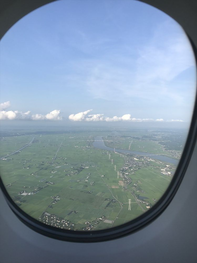 エミレーツEK318便の機窓2
