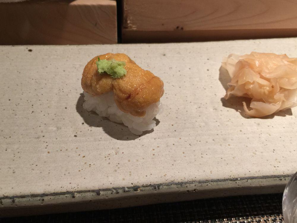 江戸前一朗のウニの寿司
