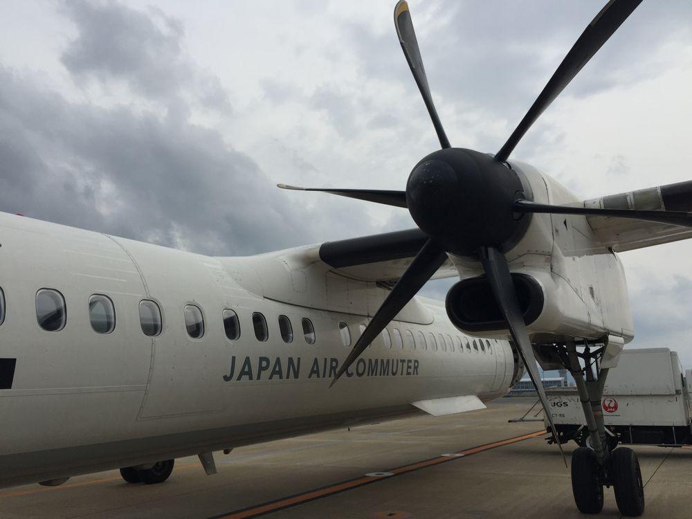 ジャパン・エア・コミューターのプロペラ機画像
