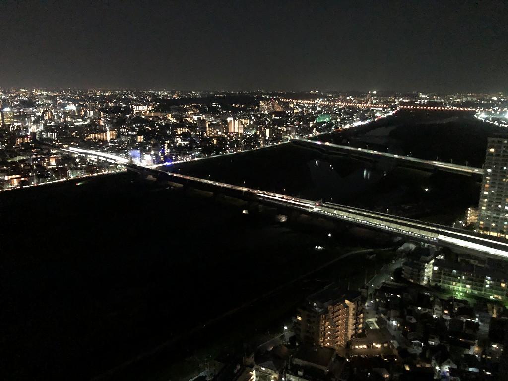 二子玉川エクセルホテル東急から多摩川沿いの夜景