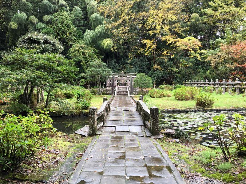 松平直政の廟所
