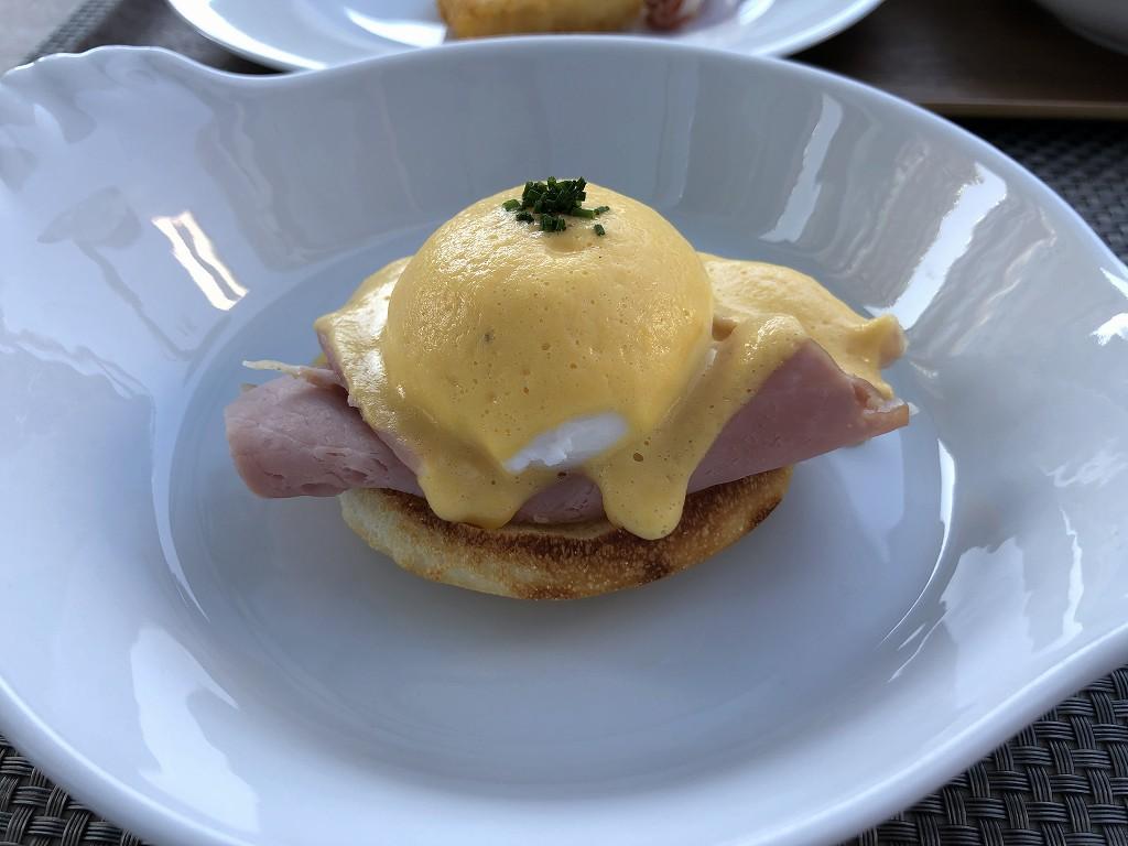 グランドハイアット東京の「フレンチ キッチン」の朝食のエッグベネディクト2