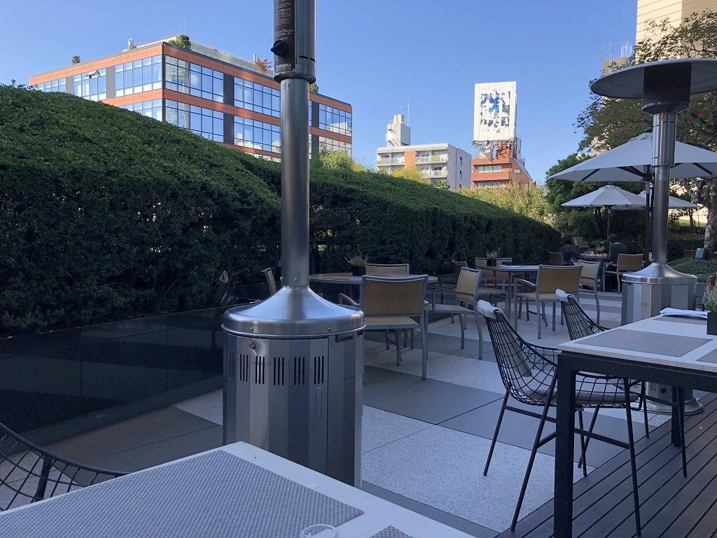 グランドハイアット東京の「フレンチ キッチン」のテラス席1