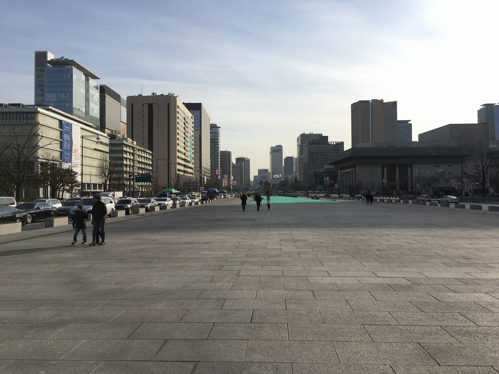 光化門広場の拡幅
