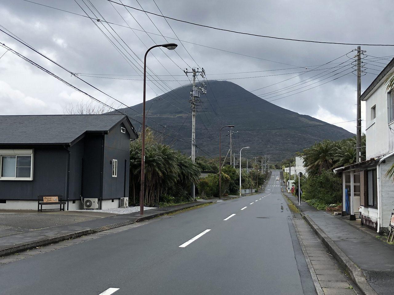 八丈島の銀八からの八丈富士