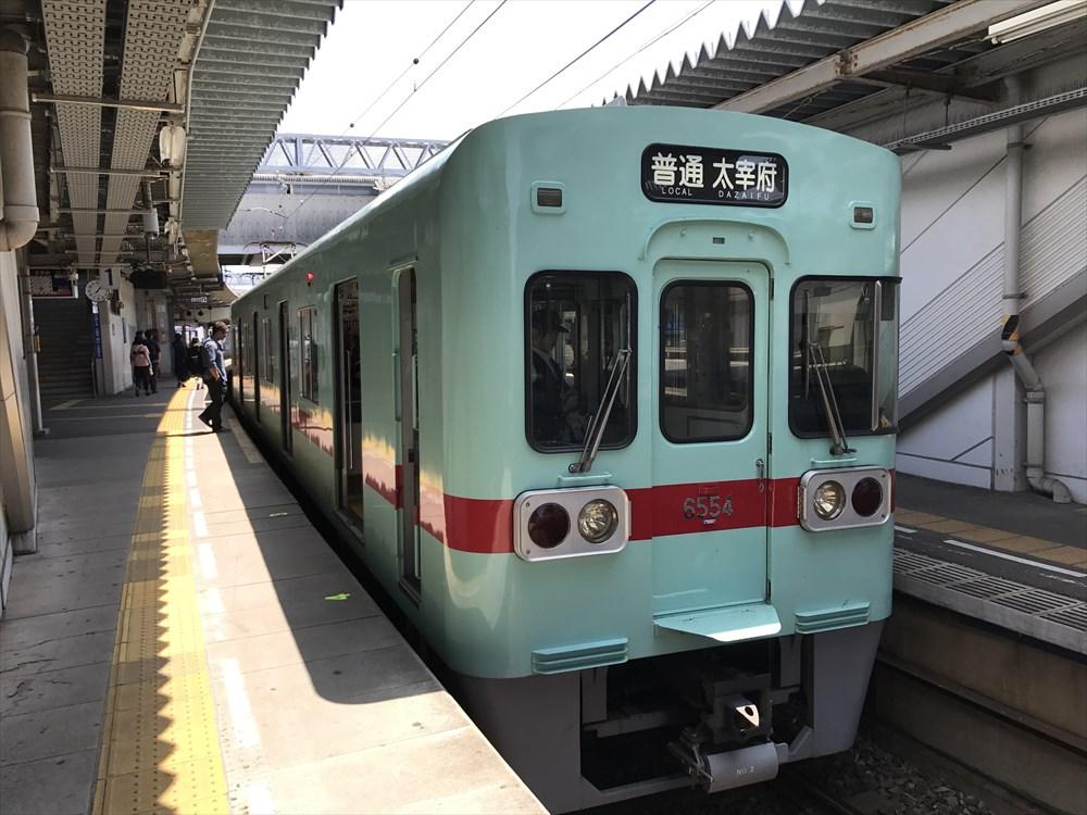太宰府行きの西鉄電車