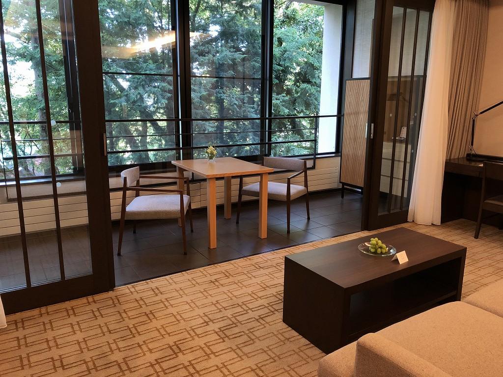 ハイアットリージェンシー箱根リゾート&スパのデラックスツインルームのサンルーム