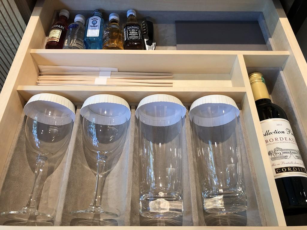 ハイアットリージェンシー箱根リゾート&スパのデラックスツインルームのコップ類