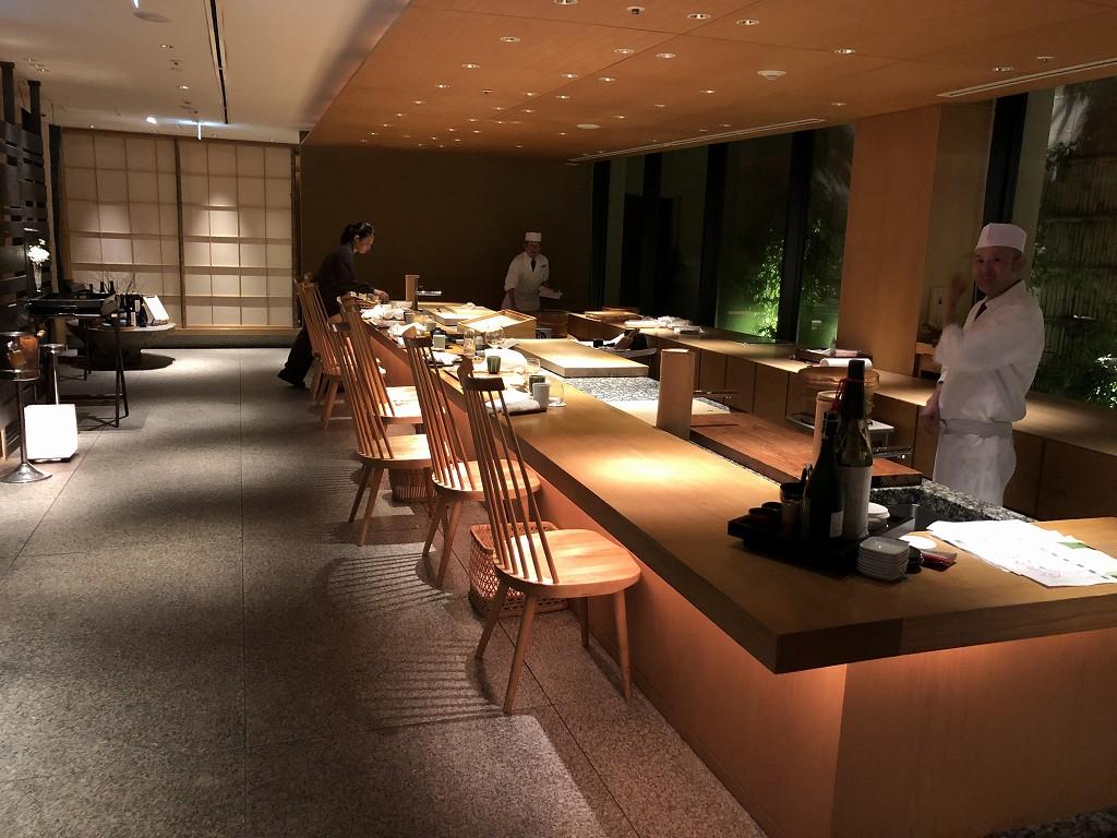 ハイアットリージェンシー箱根リゾート&スパのダイニングルーム鮨の内観