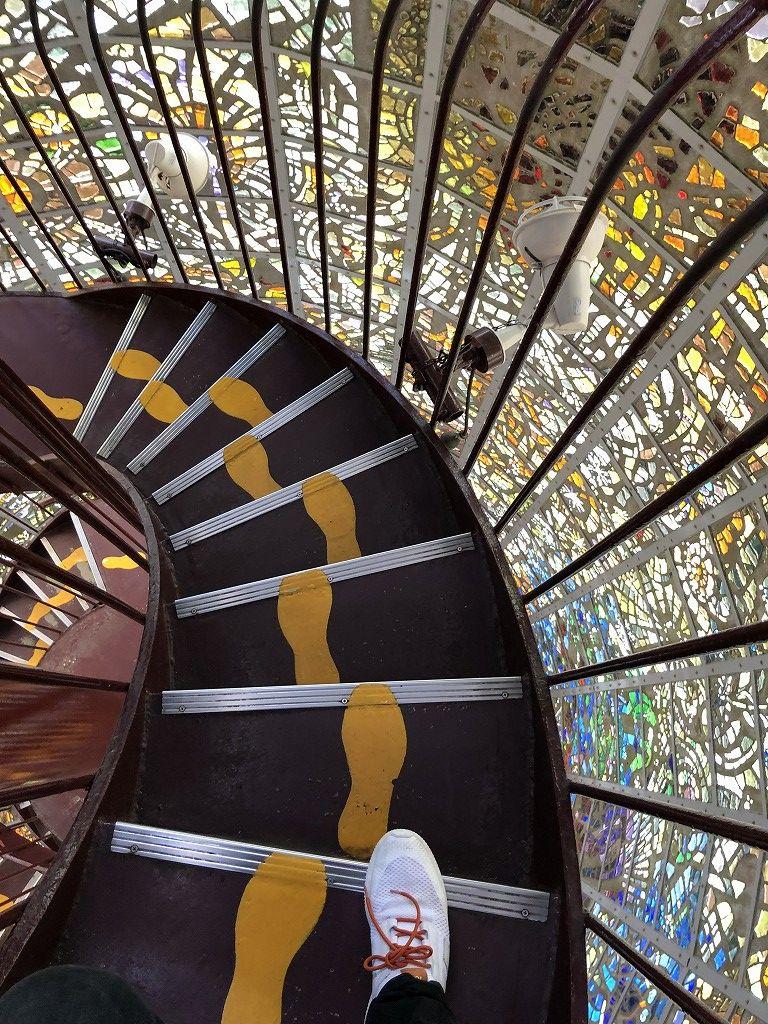 箱根彫刻の森美術館の幸せをよぶシンフォニー彫刻の螺旋階段