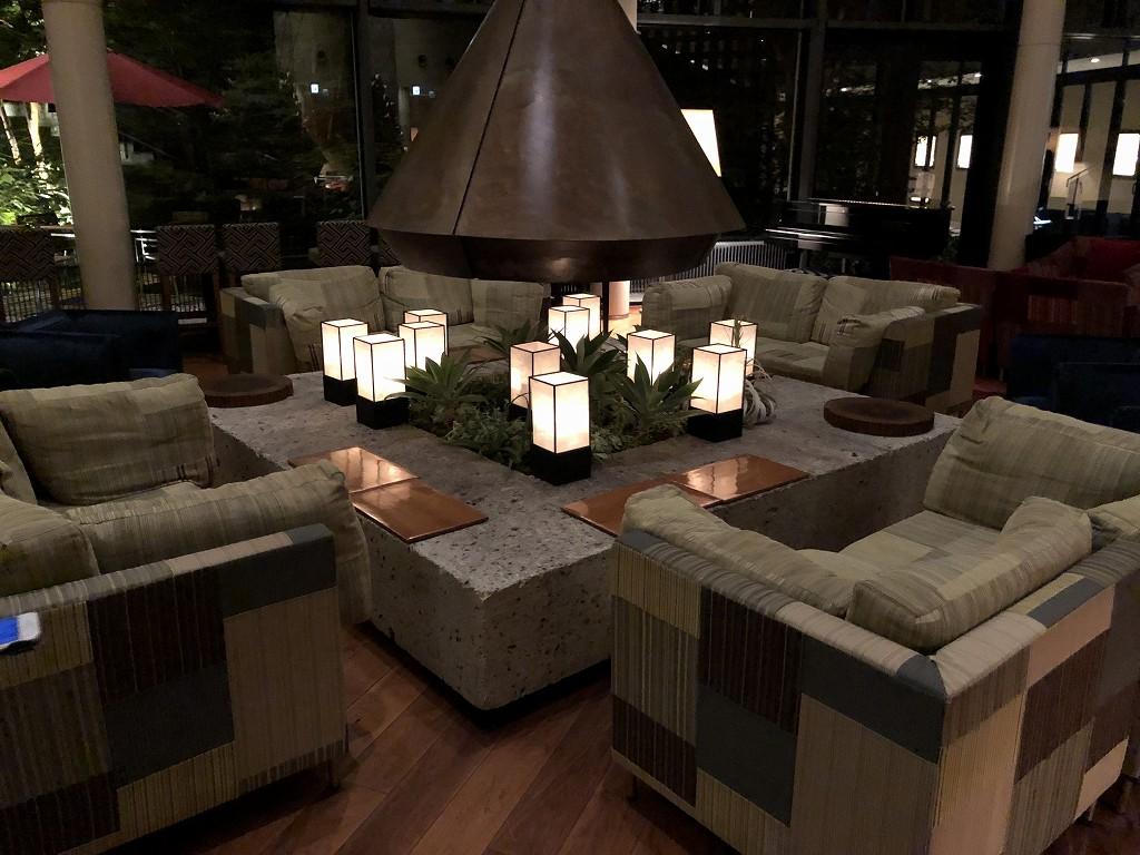 ハイアットリージェンシー箱根リゾート&スパのロビーラウンジ(夜)2