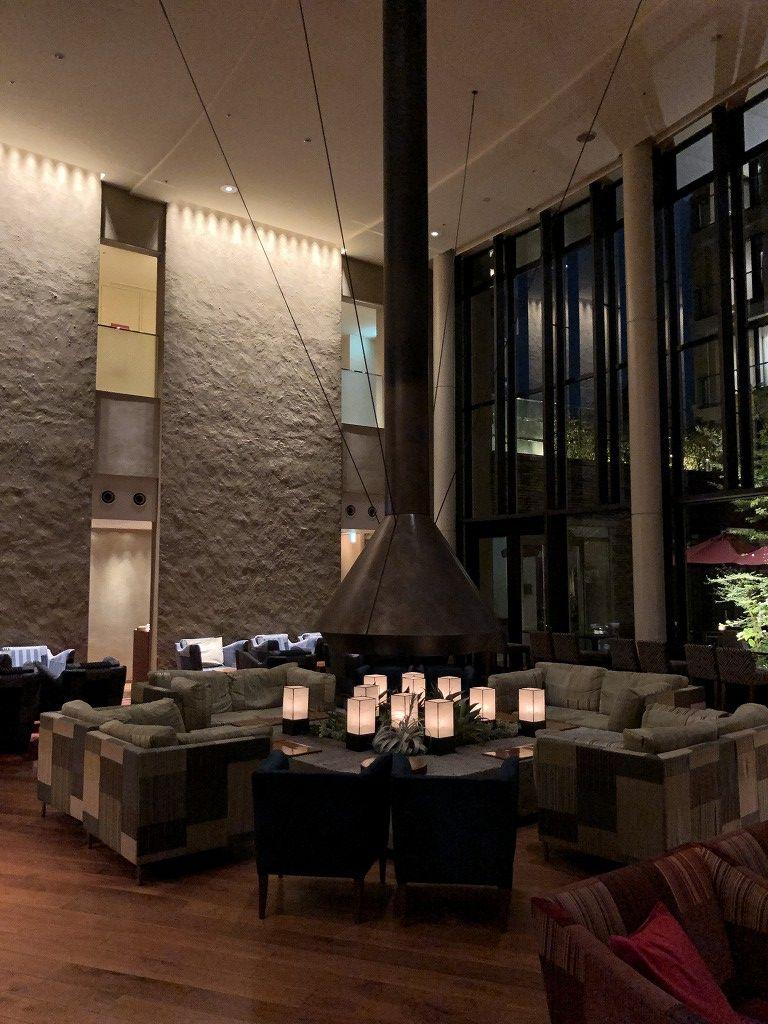 ハイアットリージェンシー箱根リゾート&スパのロビーラウンジ(夜)1