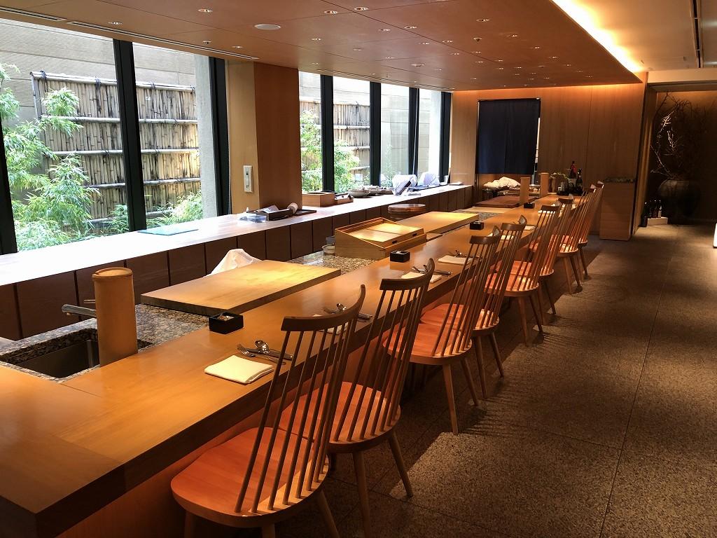 ハイアットリージェンシー箱根リゾート&スパのドローイングルームで朝食会場(和食)1