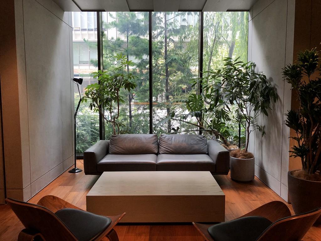 HAMACHO HOTEL TOKYOの屋内の植栽1