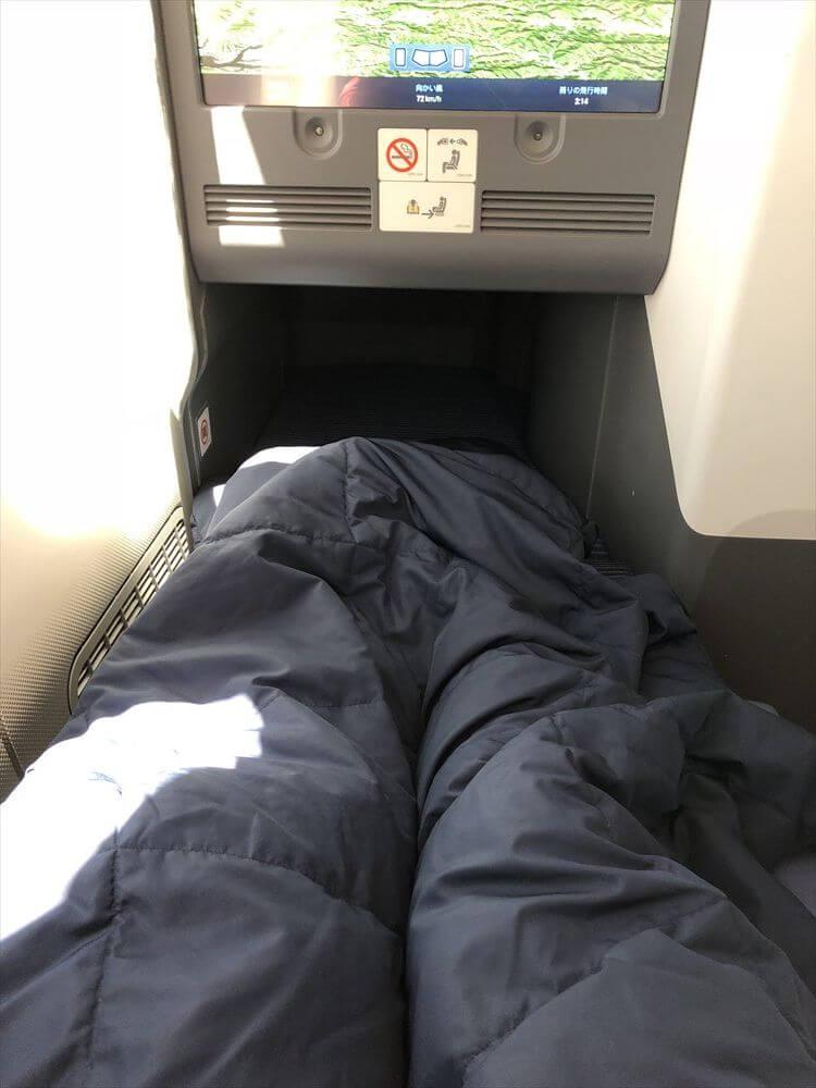 ANA857便(羽田-ハノイ)のフルフラットシート