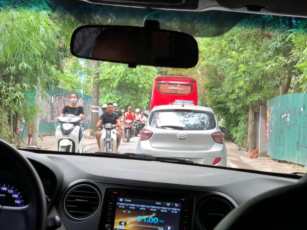 ハノイのバイクの通行量