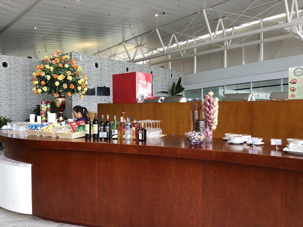 ノイバイ国際空港のACVビジネスラウンジの内観4