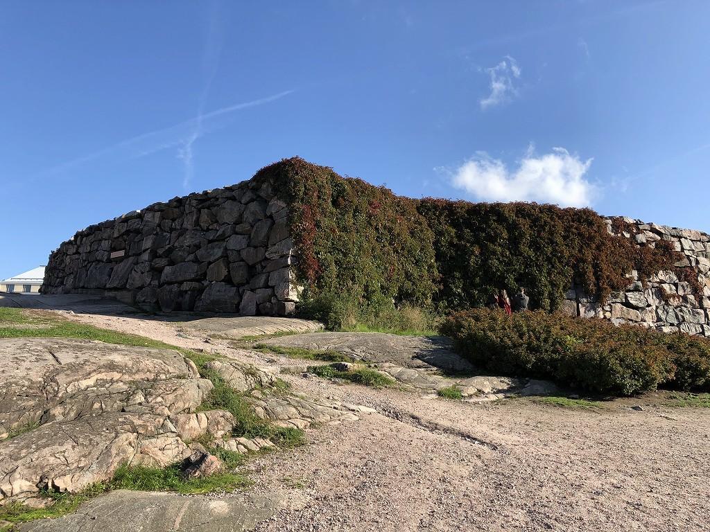 テンペリアウキオ教会の岩の庭2