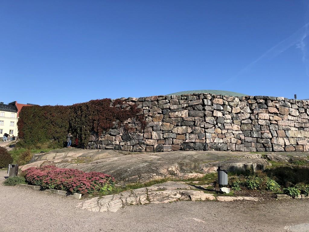 テンペリアウキオ教会の岩の庭4