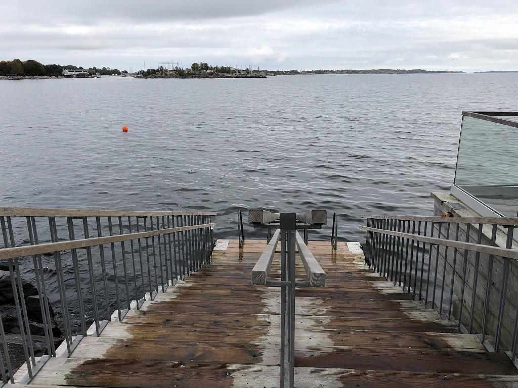 ヘルシンキのサウナ「ロウリュ」の海1