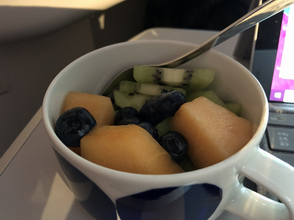 フィンエアーAY41便ビジネスクラスの機内食5