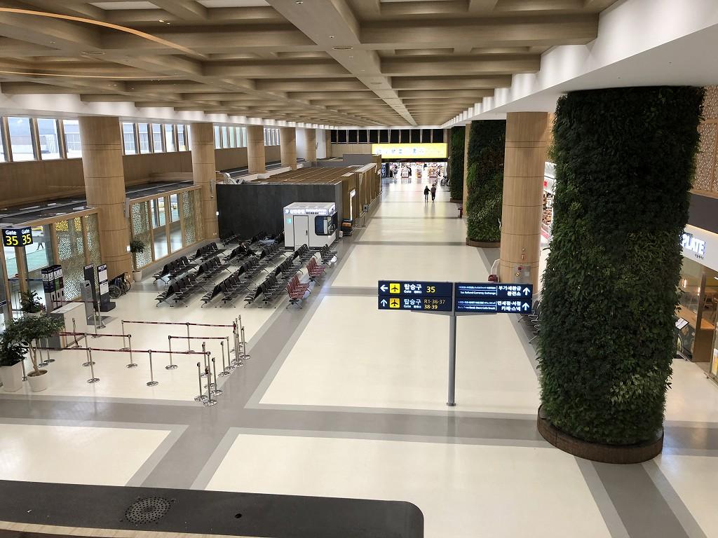 ソウル金浦空港のKALラウンジからの眺め