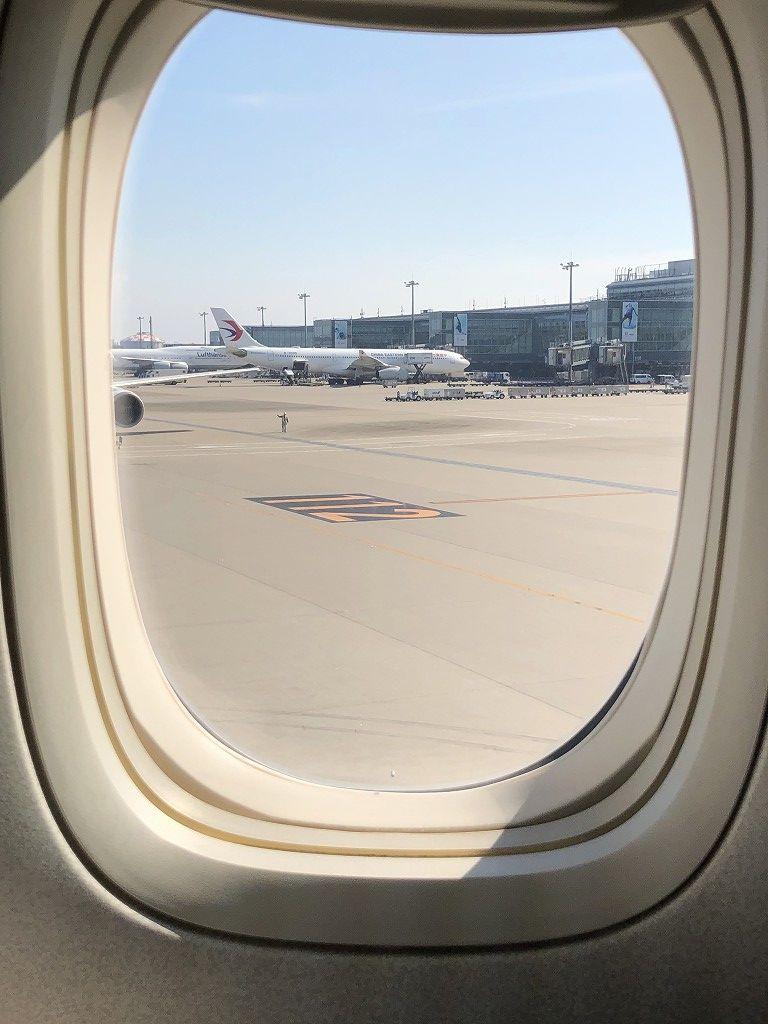 JAL92便のビジネスクラスが羽田に到着