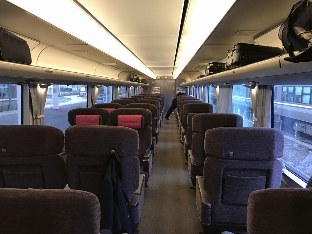 しらさぎ11号の座席配置