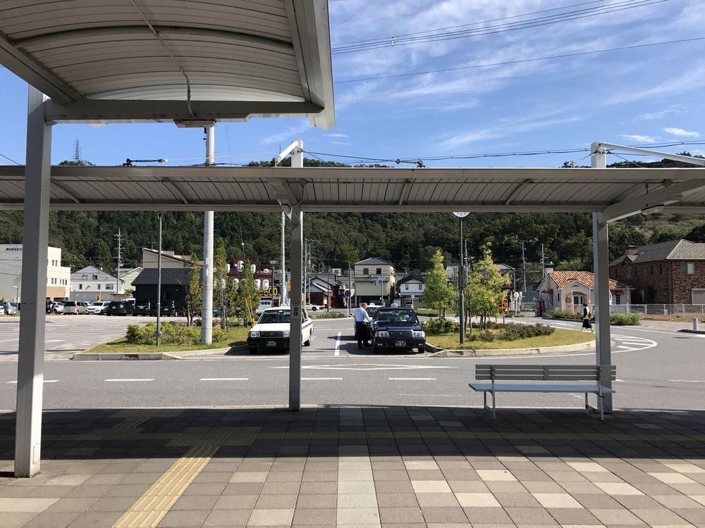 米原駅前の風景