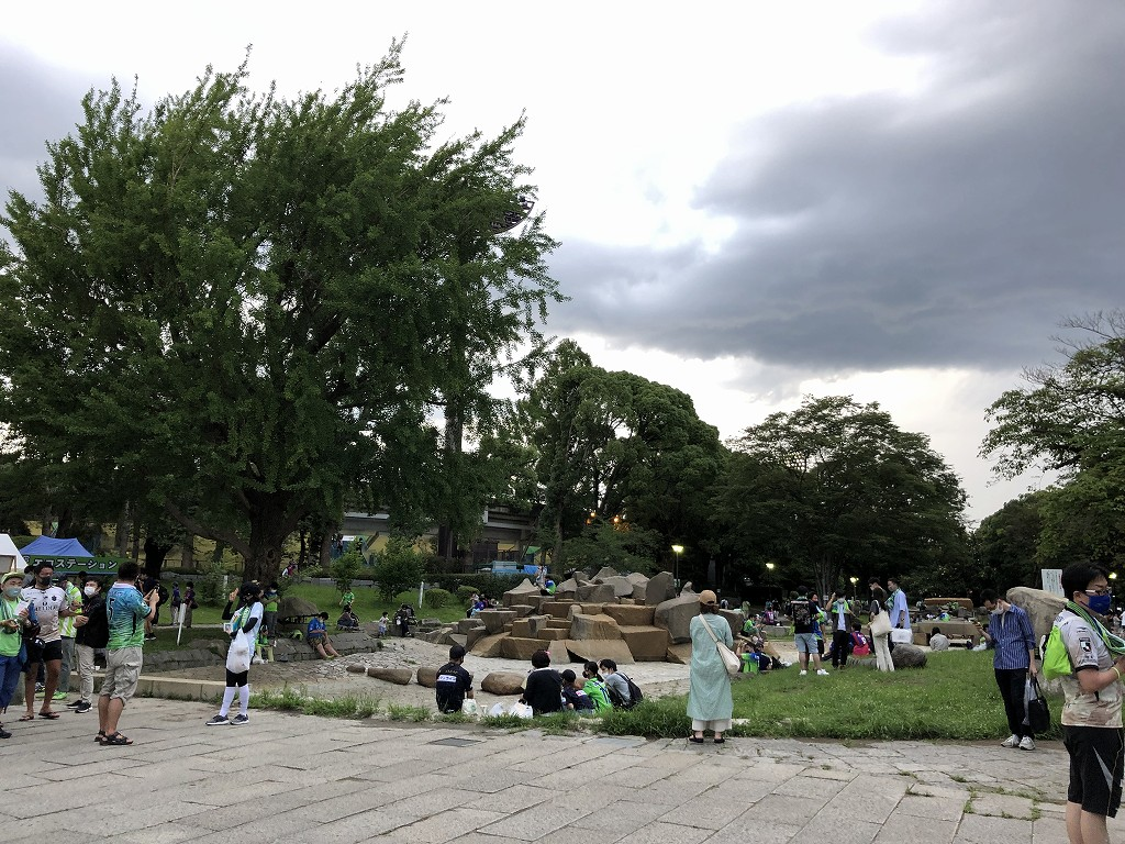 平塚のレモンガススタジアムのフードパーク2
