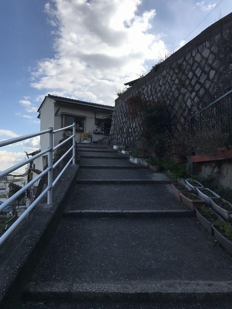 江波山の階段
