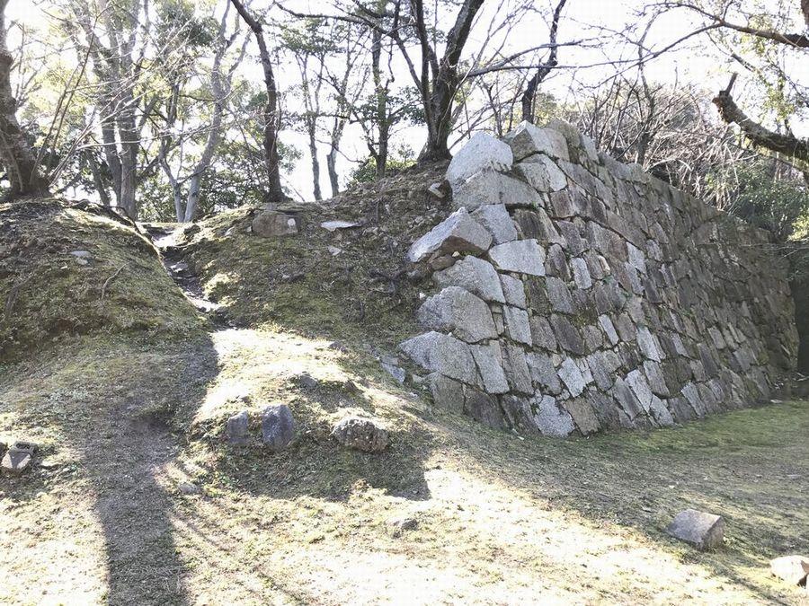 福島正則改易の原因となったといわれる石垣1