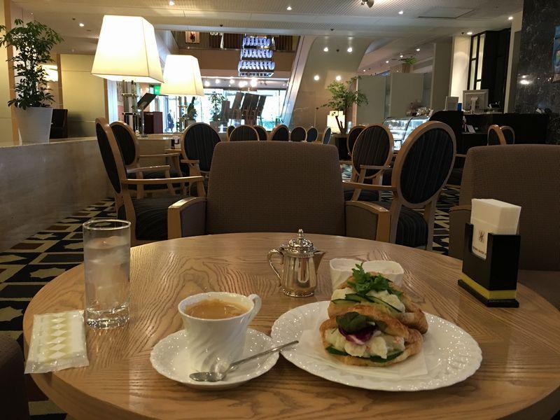 富山第一ホテルのラウンジでランチ