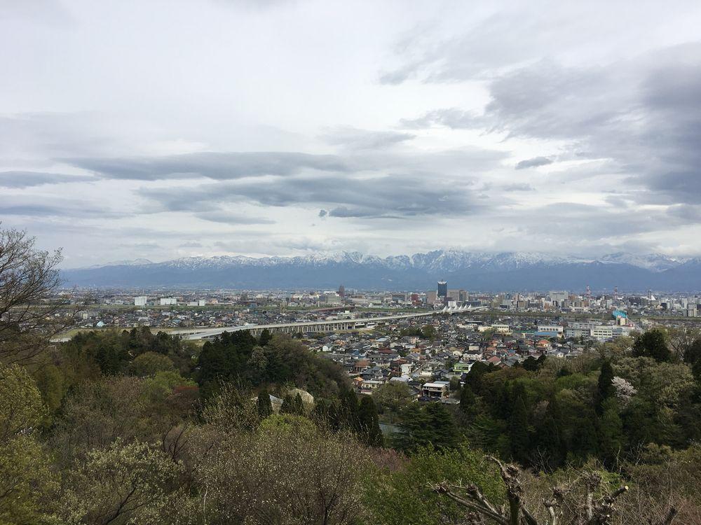 呉羽丘陵から立山連峰1