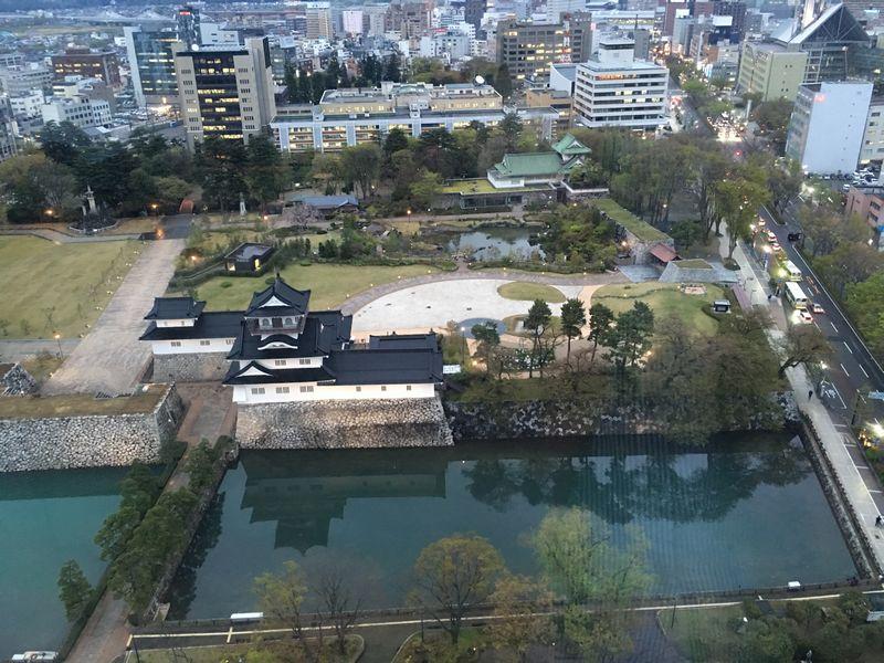 ANAクラウンプラザホテルから富山城2