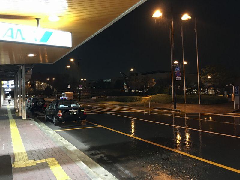 閑散とした富山空港