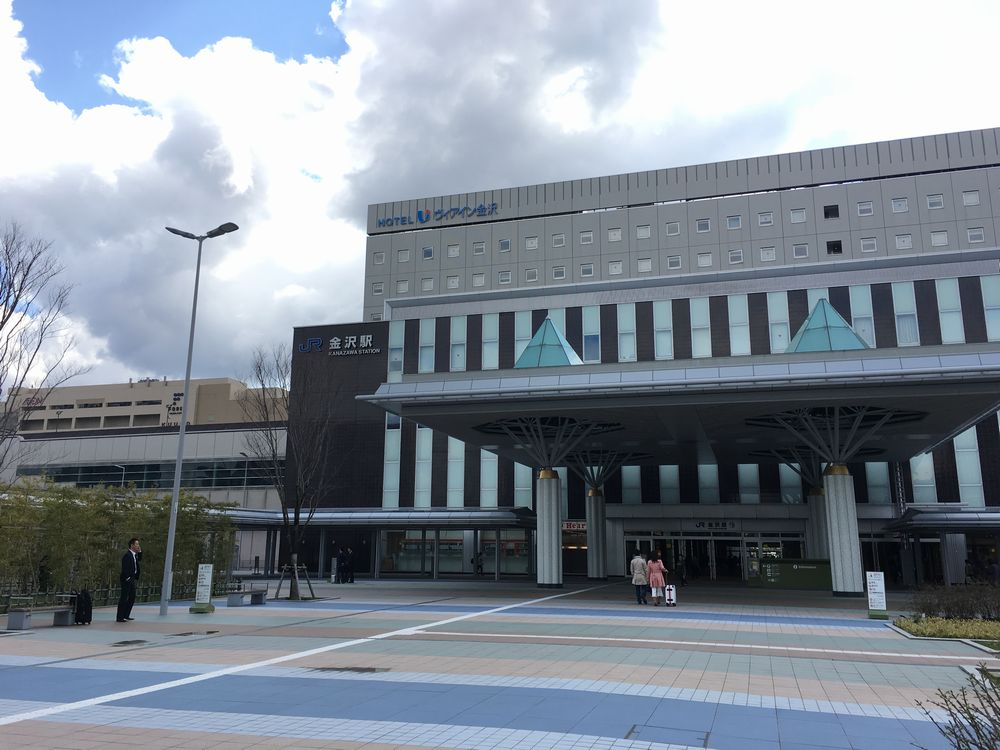 JR金沢駅西口