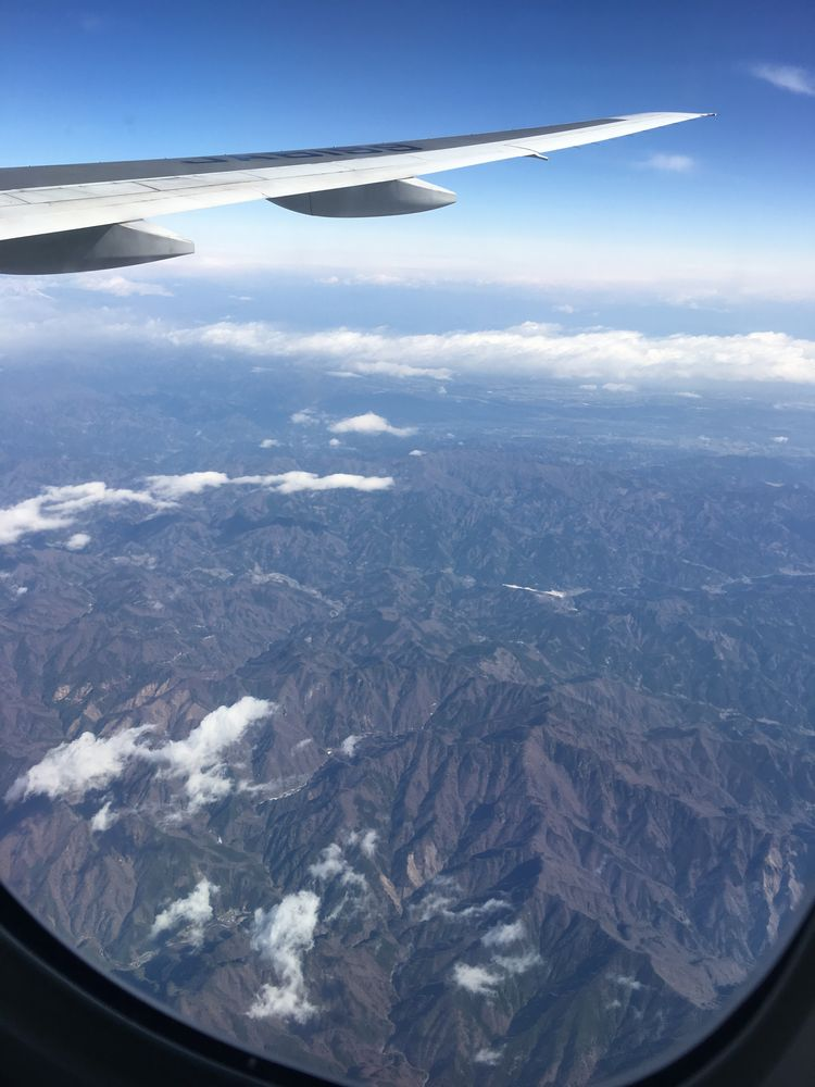 ANA751便の機窓から1