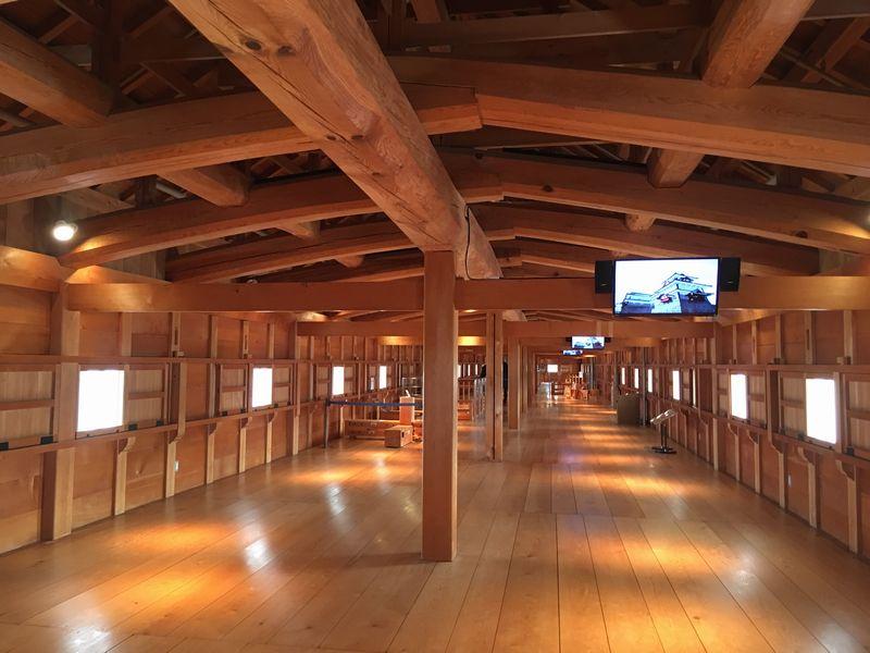 金沢城公園の五十間長屋の内部