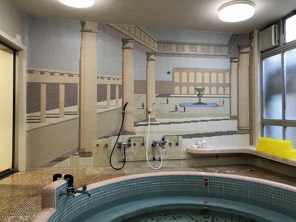 鳳明館森川別館のローマ風呂2