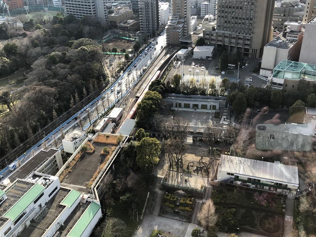 文京シビックセンターから丸ノ内線