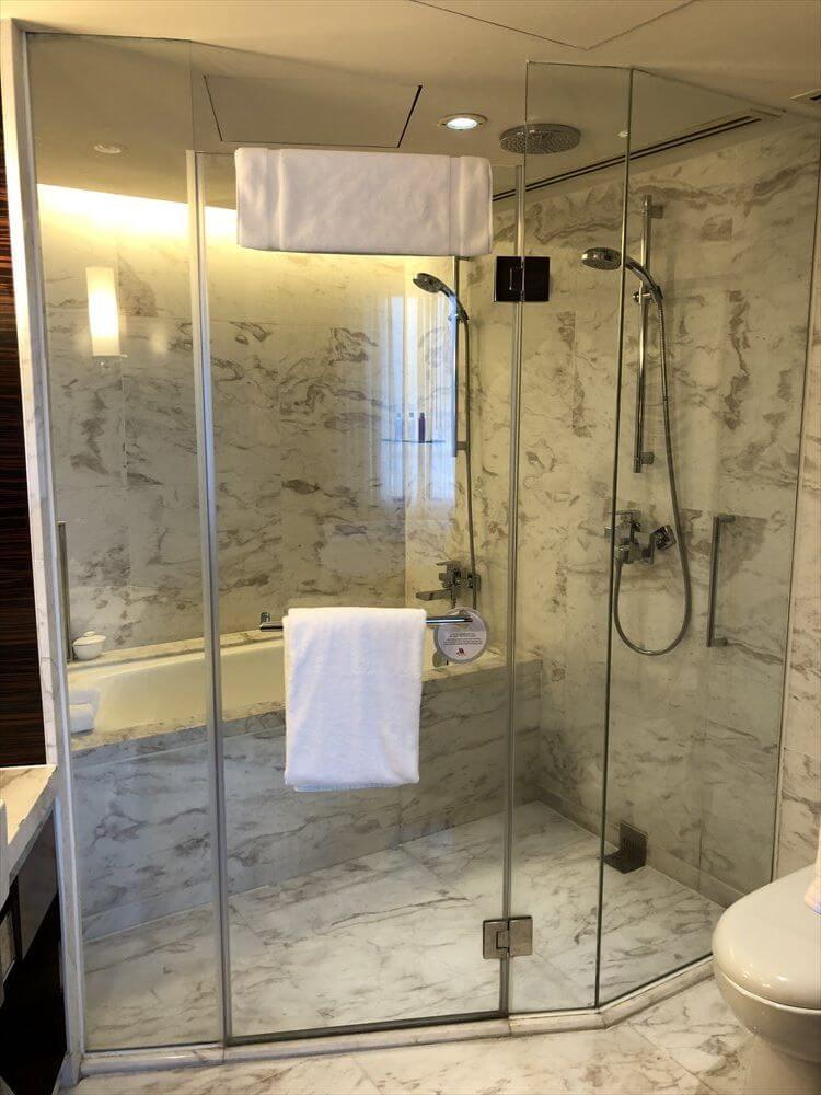 香港スカイシティマリオットホテルのエグゼクティブ オーシャンビュー・スイート3